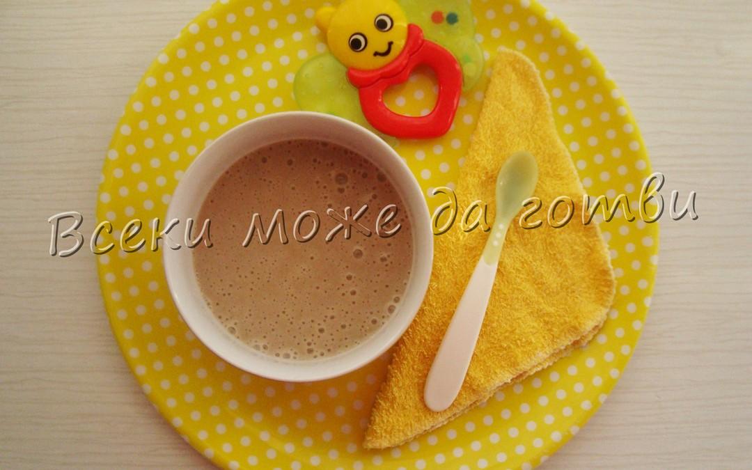 Закуска от овесени ядки и банан (7+ месеца)