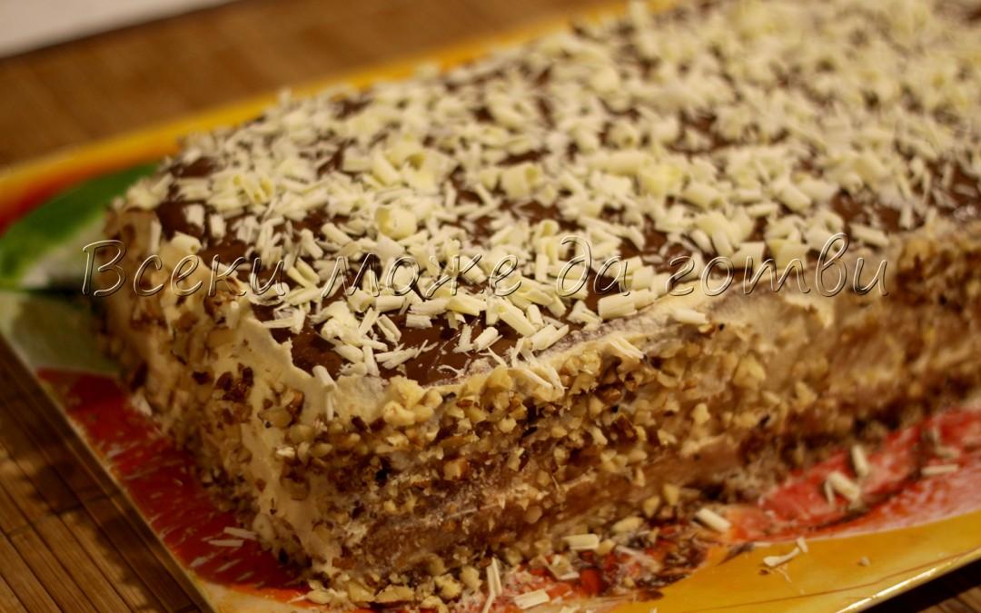 Неустоимо вкусна торта с орехи и два вида крем