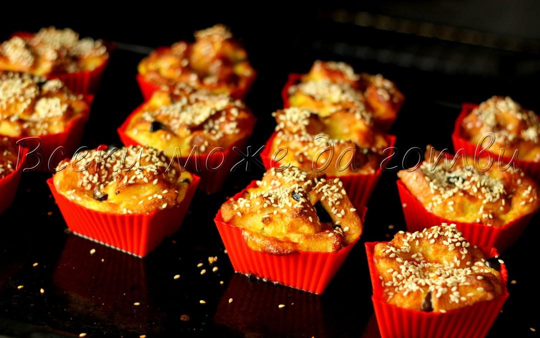 Пухкави солени кексчета със стар хляб и кашкавал (ще си оближете пръстите)
