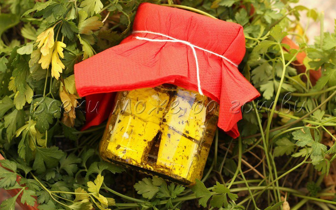 Лесна рецепта за мариновано сирене – приготвянето му отнема 5 минути