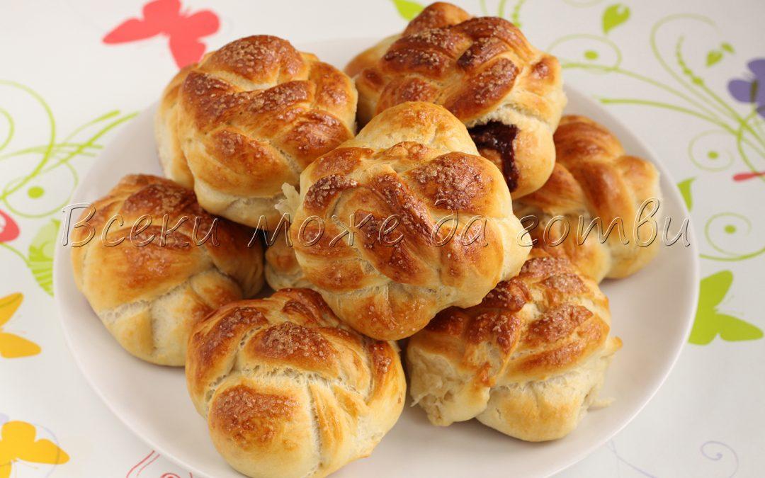 Сладки козуначени хлебчета с шоколад (великолепна рецепта)