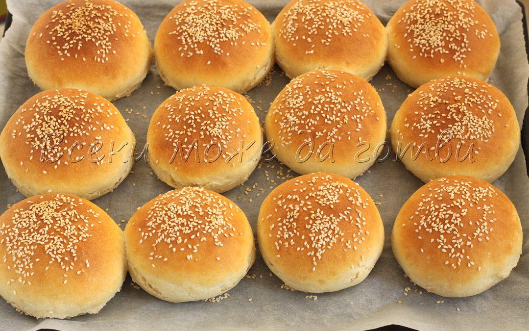 Домашни питки за бургери – лесни, вкусни и пухкави