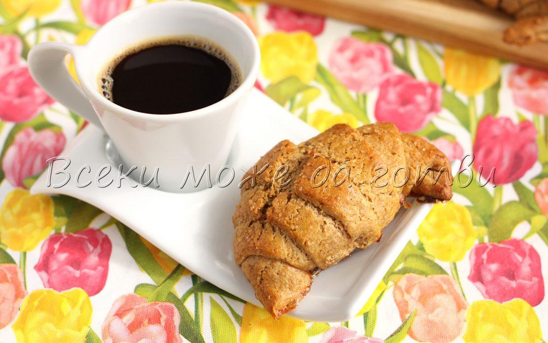 Пухкави кифлички за закуска – лесна и вкусна рецепта