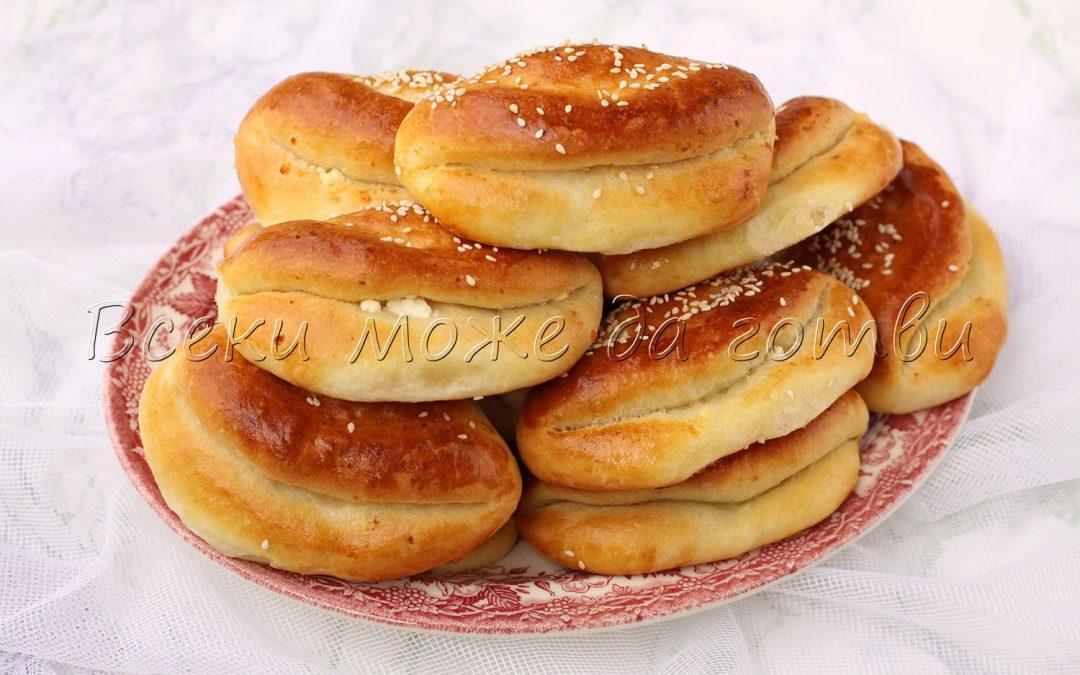 Пухкави поачи с мая и сирене (оригинална рецепта)