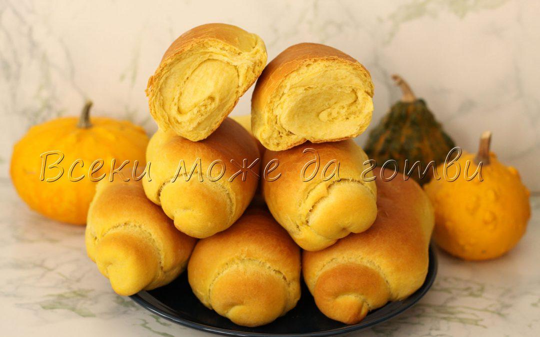 Ето така се правят вкусни хлебчета с тиква – въздушни и меки като памук