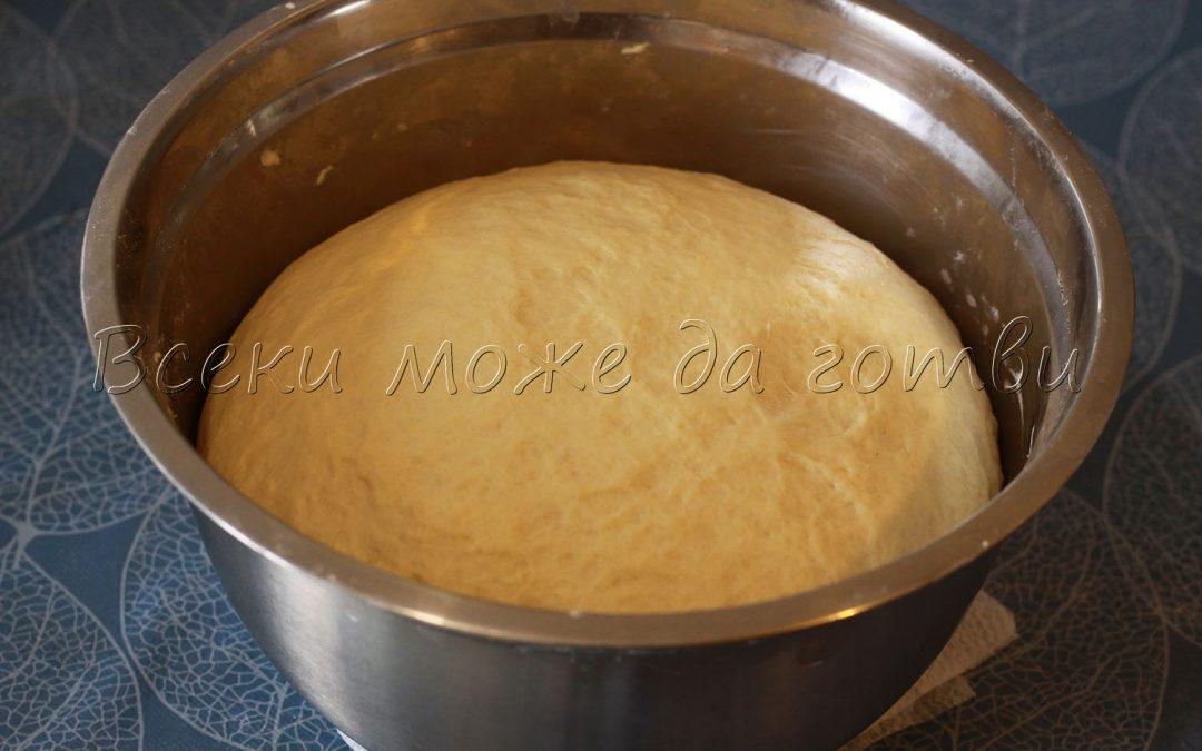 Ето я тайната за най-еластичното и пухкаво тесто за питка!