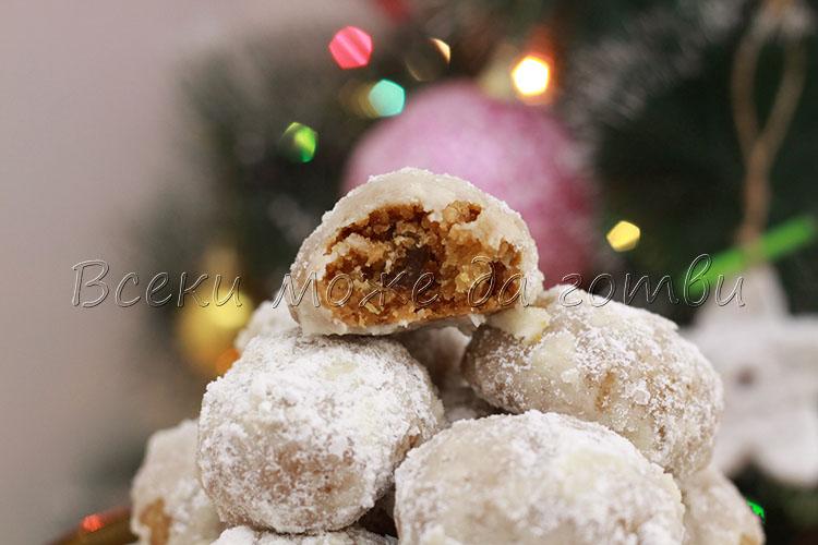 сладки с локум и орехи