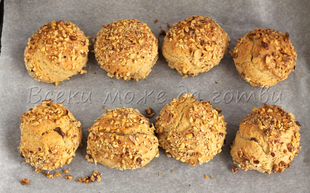 Лесни бухтички на фурна с орехи – опитайте тази рецепта