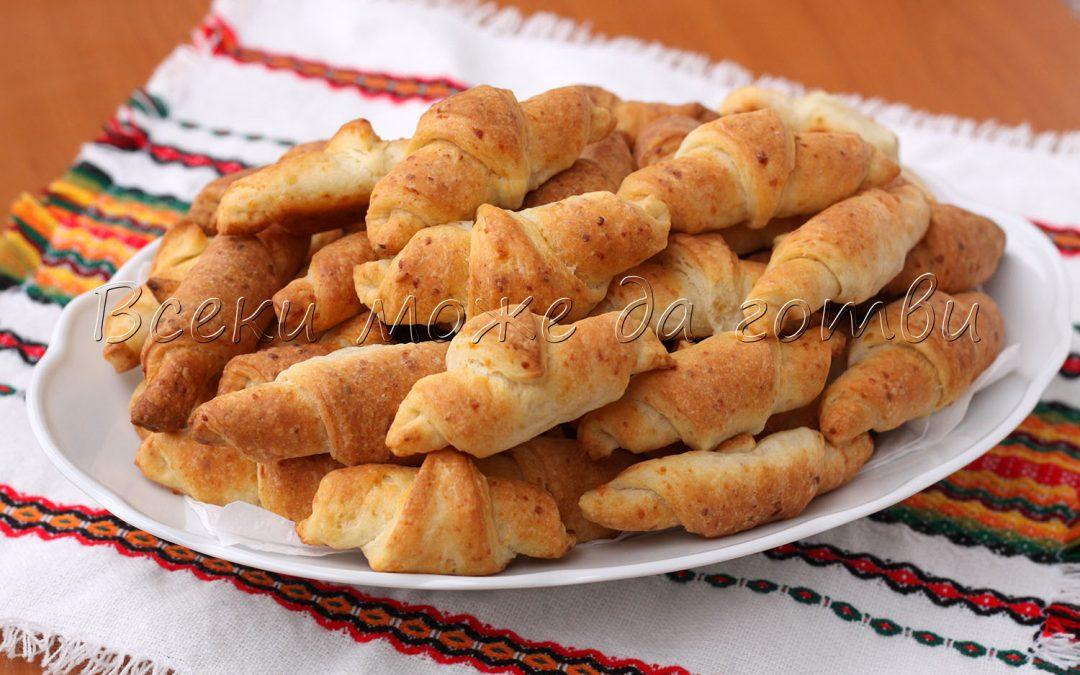 Рецепта на баба Недка – малки кифлички-душички с 6 продукта